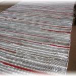 grau-rot Fleckerlteppich